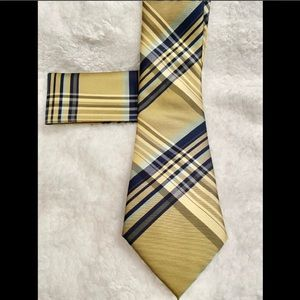 NWT Neck Tie With pocket Square Brand Q Rich Gold